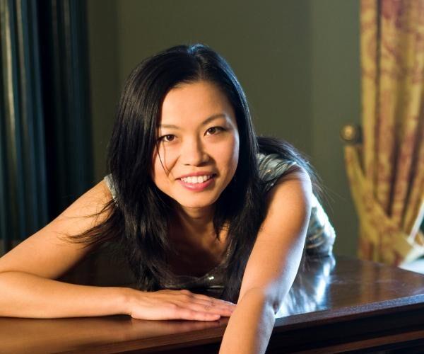 jin liang piano kuenstlerin pressebild 2